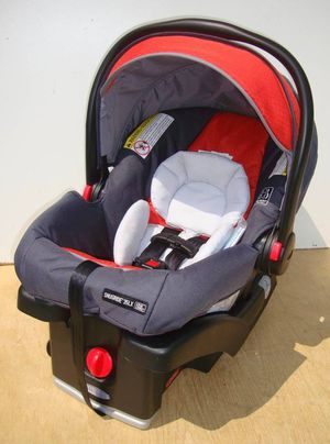 Graco Click Connect Infant Car Seat Orange - Never Used for Sale in Philadelphia, PA