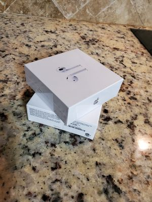 2019 Airpods 2 / 2nd Gen with wireless Bluetooth charging case for Sale in Deltona, FL