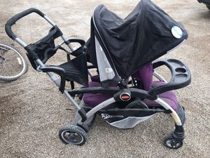 Joovey Ergo Caboose stroller for Sale in Calipatria, CA