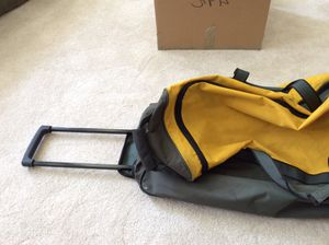 Luggage - Used Athalon Duffle Bag for Sale in Houston, TX