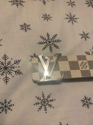 """Louis Vuitton belt brand new. Size 35""""-39"""" for Sale in Englewood, CO"""