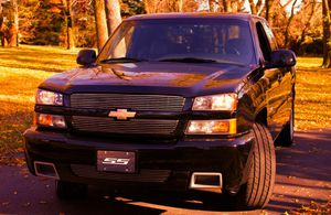 2003 Chevy Silverado SS - 6.0 Liter High performance Truck - AWD - LOW miles! for Sale in Washington, DC