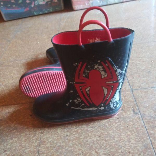 Spiderman rain boots size 1