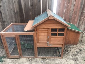 Chicken/ bunny coupe for sale for Sale in Fairfield, CA