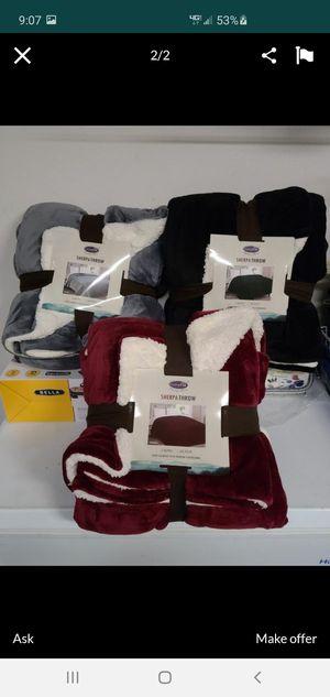 New sherpa king blankets for Sale in Riverside, CA