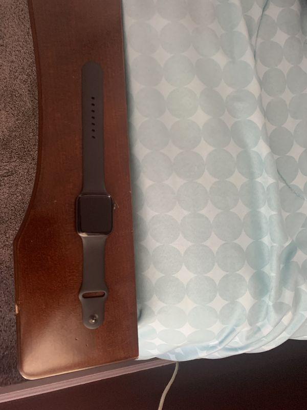 Apple Watch black series 4