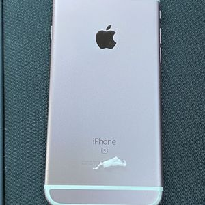 iPhone 6 S ( Like New) for Sale in Sloan, NV