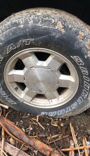 GMC sierra yukon 6lug wheels and tires 17s 2006 for Sale in Seattle, WA