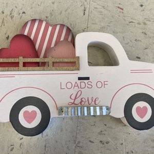 Wooden valentines truck decor for Sale in Hinsdale, IL