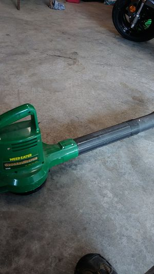 Electric leaf blower, light weight and works great. $50 OBO for Sale in Kingsport, TN