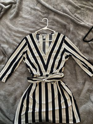H&M Navy and White Dress with Belt for Sale in Pompano Beach, FL