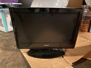 18 inch TV Screen (can be used as a monitor as well) for Sale in Morrison, CO