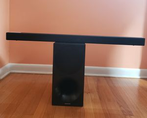 Samsung Sound Bar with wireless Subwoofer for Sale in Cromwell, CT
