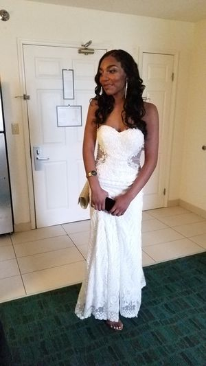 Prom/Wedding dress for Sale in Wichita, KS