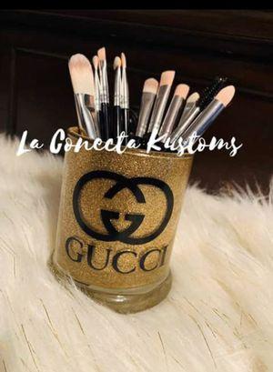 Brand new custom makeup Gucci brush holder for Sale in Phoenix, AZ
