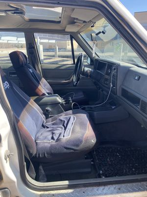 Jeep Cherokee 1988 for Sale in Bend, OR