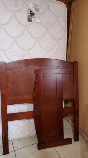 Twin bed for Sale in Las Vegas, NV