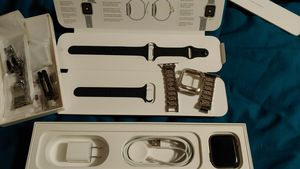Apple Watch series 4 for Sale in Madera, CA