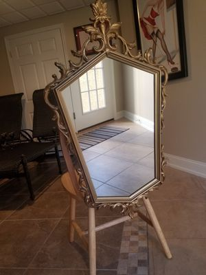 Mirror for Sale in PA, US