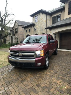 2007 Chevy Silverado Crew LT Z71 Leather 87k Miles Clean Title&Carfax for Sale in Houston, TX
