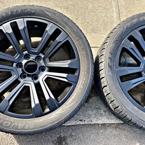 22 Inch IMMACULATE OEM GMC Denali Custom Powder Coated Semi Gloss Black Rims for Sale in Long Beach, CA