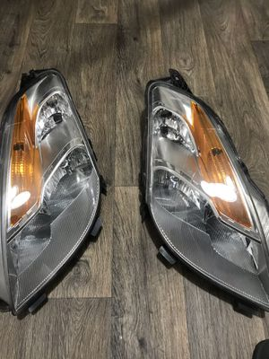 Nissan Altima head lights for Sale in Norcross, GA