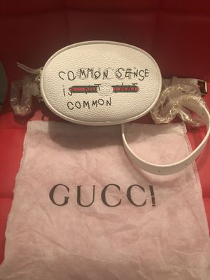 A white Gucci bag with citation for Sale in Phoenix, AZ