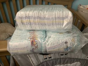 Pampers size 2 for Sale in Fresno, CA