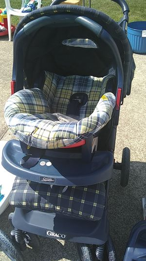 Graco Stroller and Car Seat for Sale in Nicholasville, KY