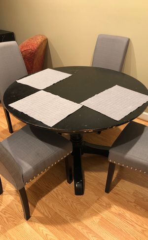 Black round circle table for Sale in Arlington, VA