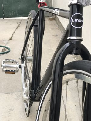 Linus Roadster— Black (like new condition) for Sale in Seal Beach, CA