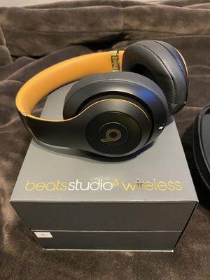 Beats studio 3 wireless skyline edition midnight black for Sale in South Farmingdale, NY
