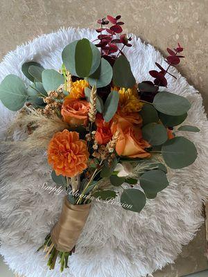 Fall season wedding bouquet for Sale in Los Angeles, CA
