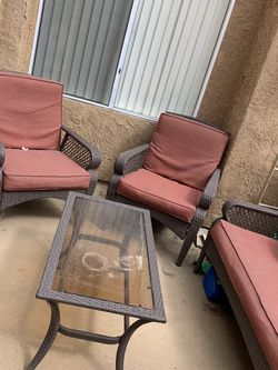 5 Piece Patio Set for Sale in Canyon Country,  CA