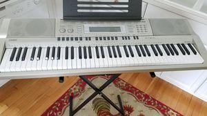 Casio WK-200 76-Key Digital Keyboard Workstation for Sale in Columbus, OH