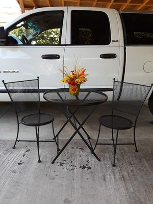 Metal patio set for Sale in Fresno, CA