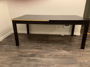 Kitchen Table w/Built in Leaf! for Sale in Portland, OR