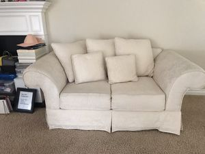 Ivory Cream loveseat sofa couch for Sale in Moreno Valley, CA