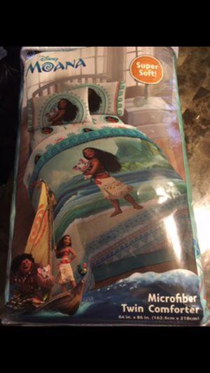 Moana comforter not opened for Sale in Norwalk, CA
