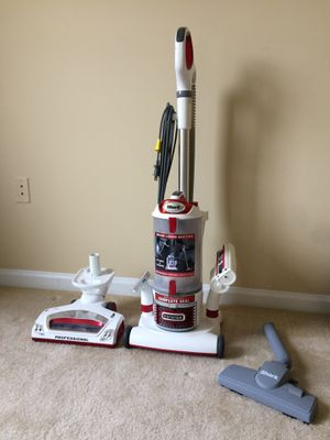 Shark rotator vacuum for Sale in Fairfax, VA