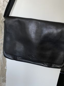 Fossil Messenger Bag 16x11 Black Leather for Sale in Long Beach,  CA