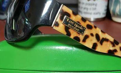 Authentic KATE SPADE sunglasses for Sale in Moncks Corner,  SC
