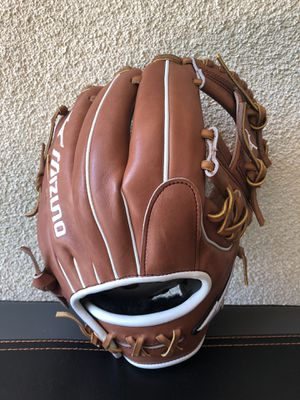 "Mizuno Pro Select 11.5"" Softball Glove for Sale in Pasadena, CA"