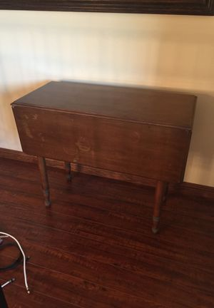 Antique drop leaf table for Sale in Huntington Beach, CA