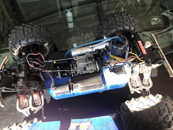 Traxxas t-max nitro 3.3