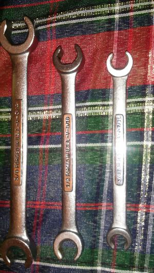 VINTAGE CRAFTSMAN-V- series FLARE NUT WRENCH 3PC SET for Sale in Arcadia, CA