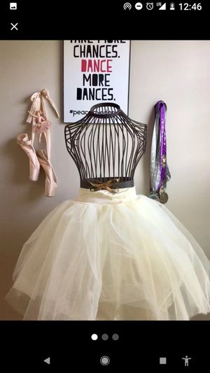 Tutu tulle skirt for Sale in Sanger, CA
