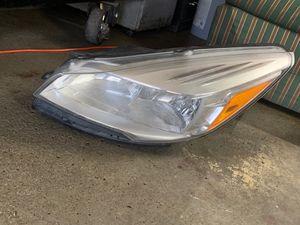 2013 Ford Escape left headlight for Sale in Dearborn, MI