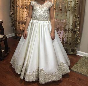 Communion dress/Flower girl dress size 9 for Sale in Macomb, MI