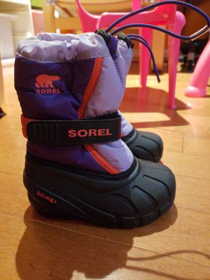 Sorel Kid size 9 snow boots for Sale in Manassas, VA
